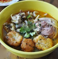 Bánh canh chả mực Nha Trang