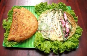 Bánh xèo mực Nha Trang thơm ngon